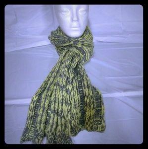 Brand New Women's scarf by Bettina.